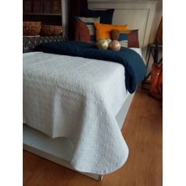 Couvre-lit blanc